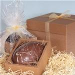 LUXURY Milk Egg Filled with 15 fine Chocolates